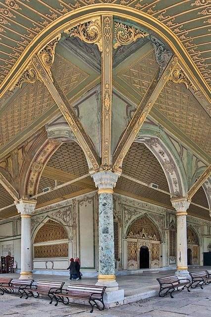Двворец Топкапы ( Внутренний двор)